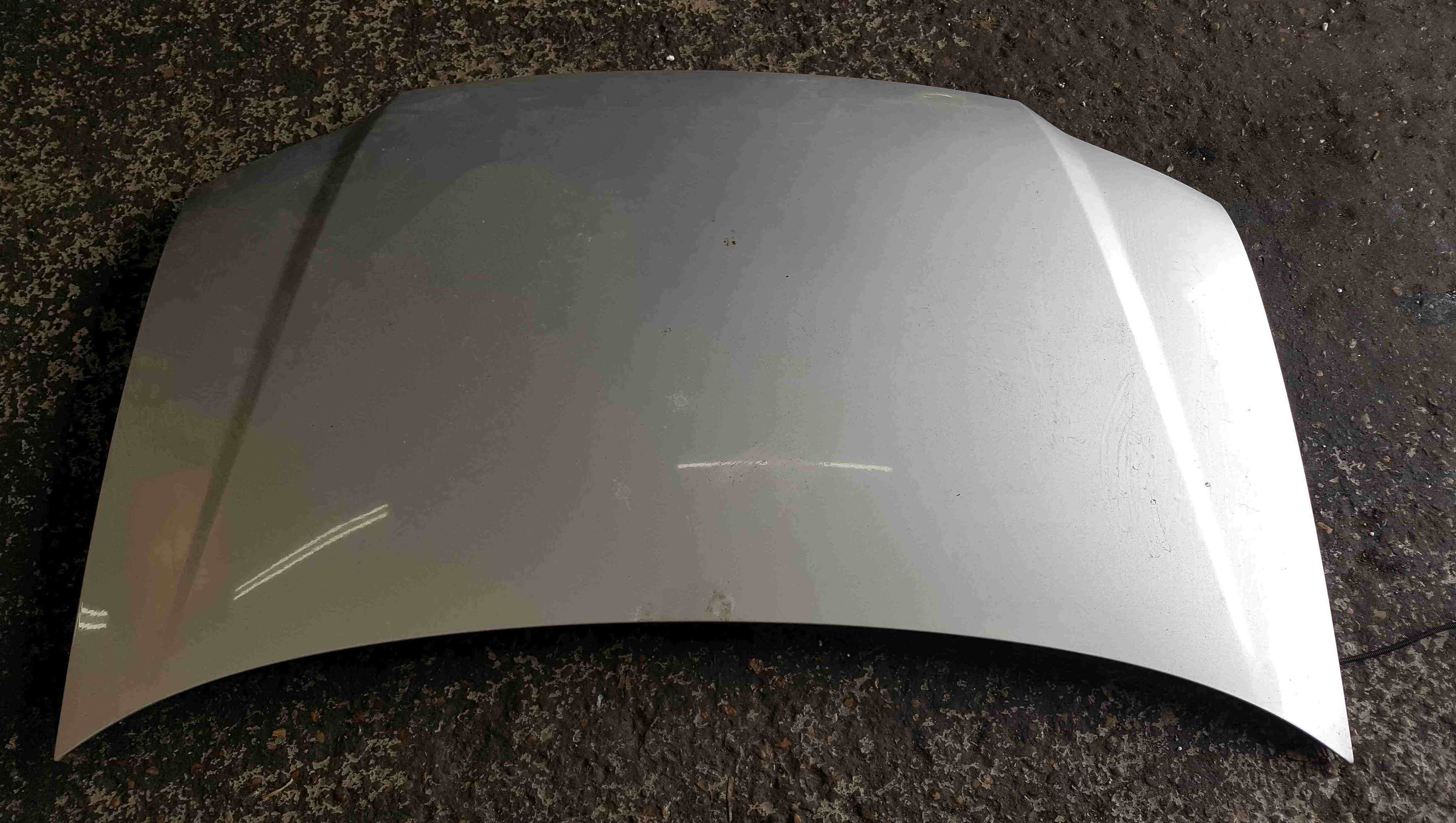 Volkswagen Touran 2003-2006 Front Bonnet Silver LA7W