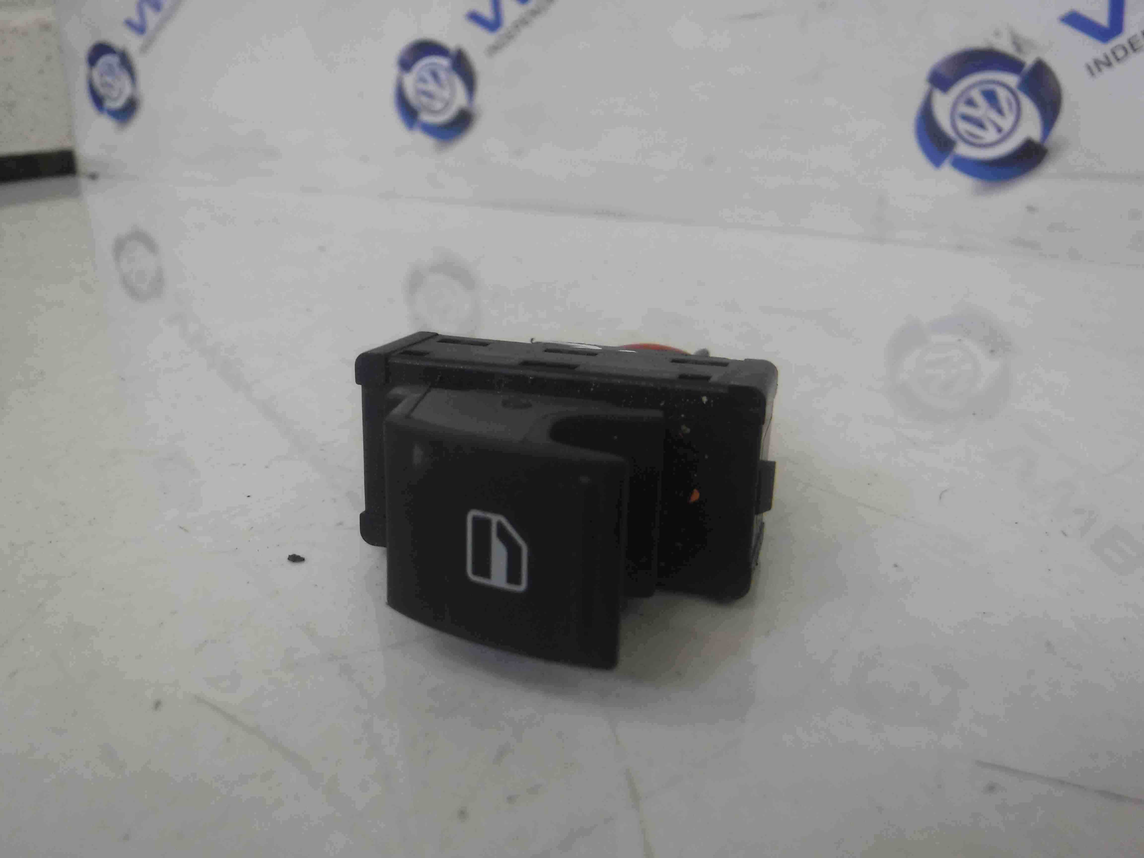 Volkswagen UP 2011-2017 Drivers OSF Front Window Switch