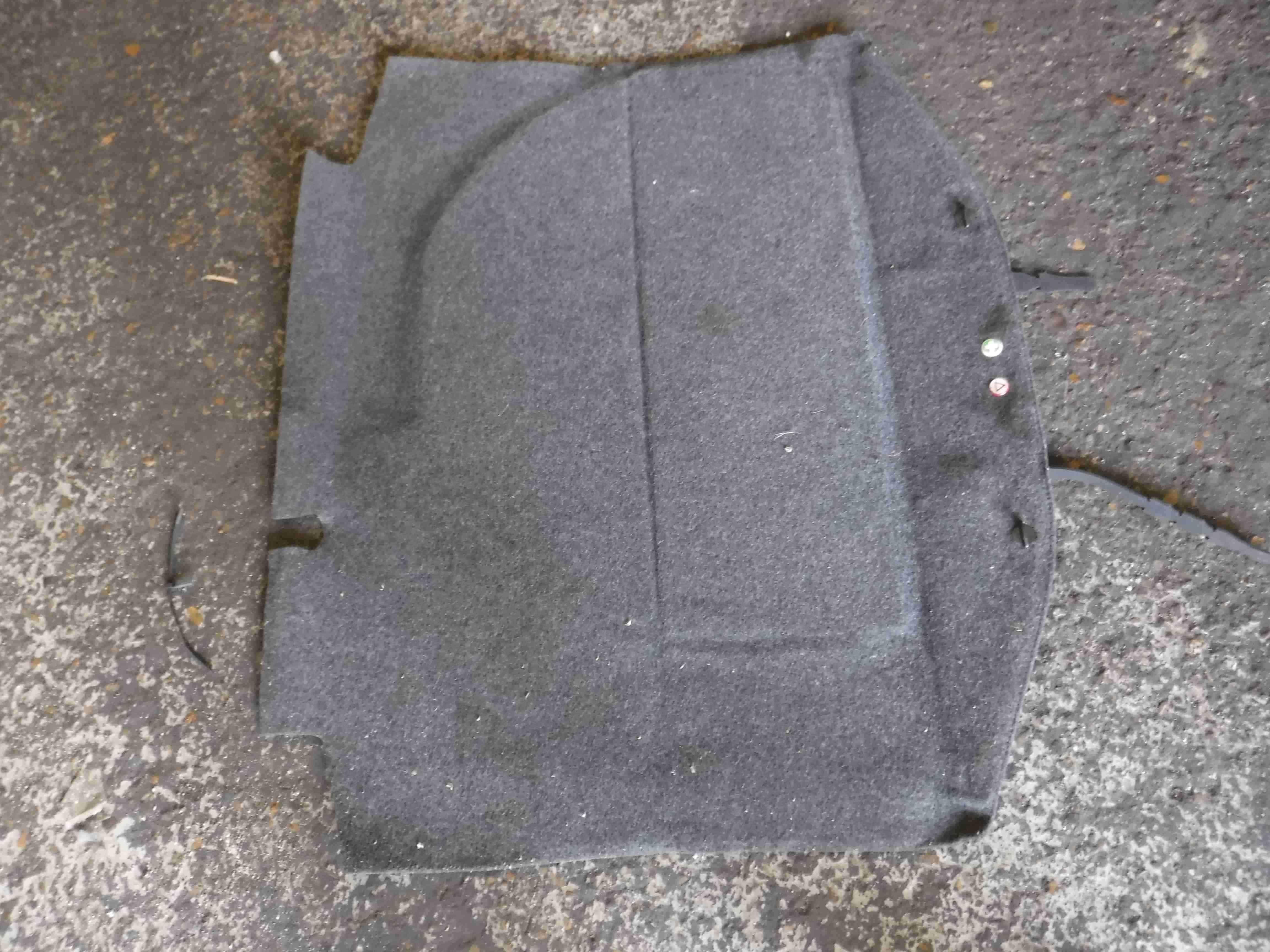 Volkswagen Beetle 1999-2006 Rear Boot Tailgate Carpet Mat 3/5