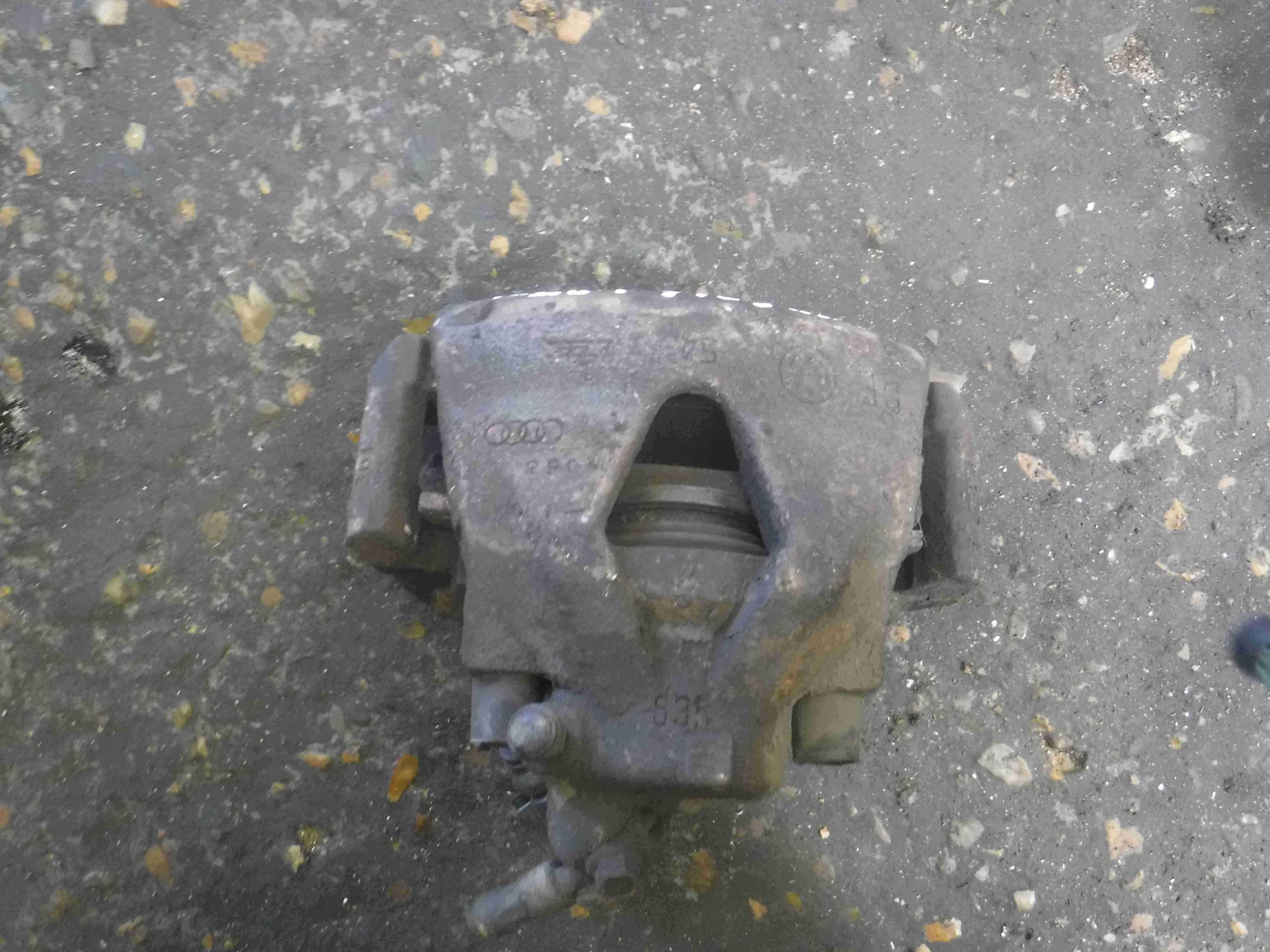 Volkswagen Golf MK4 1997-2004 1.9 TDi Drivers OSF Front Brake Caliper 635