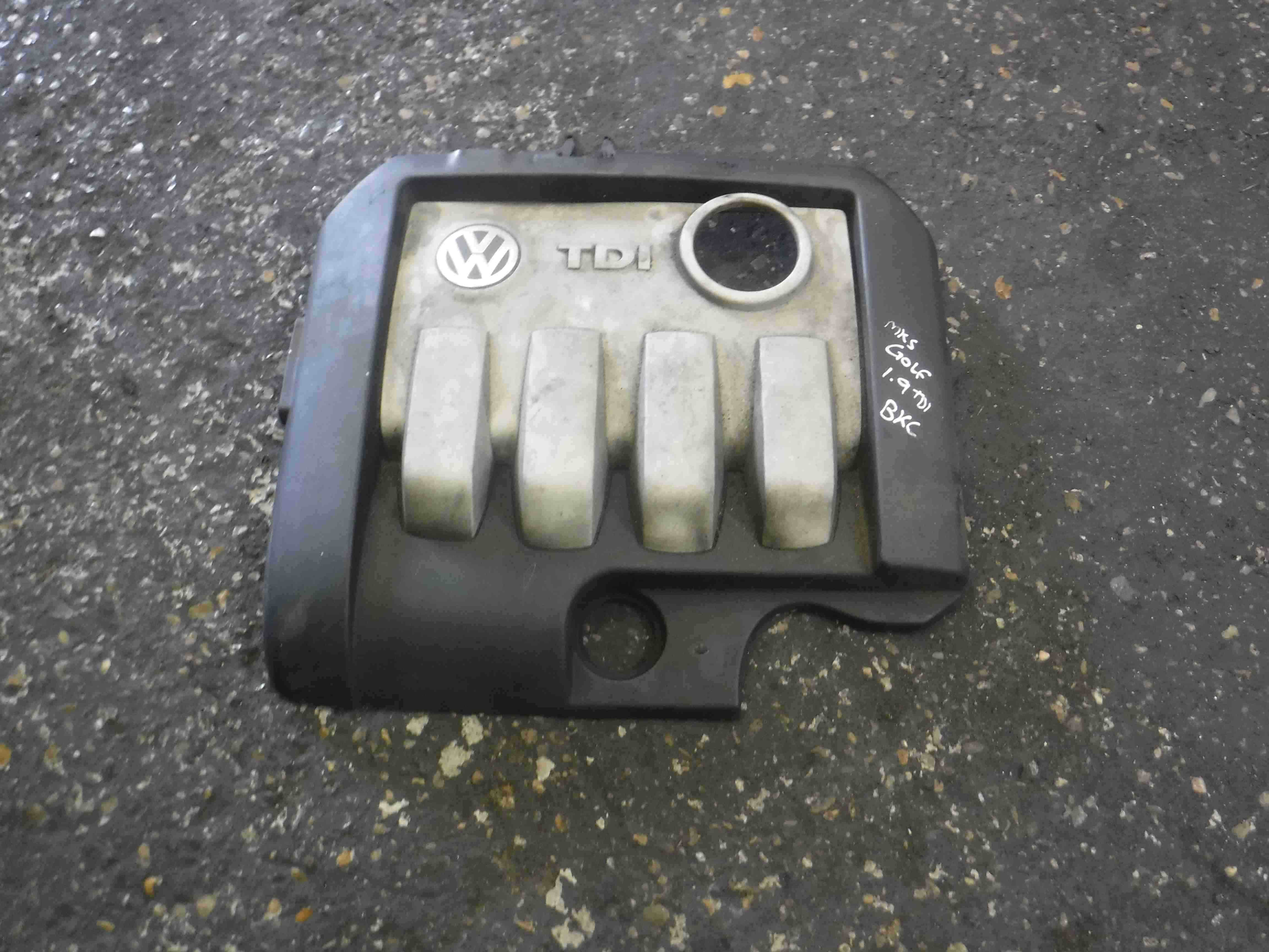 Volkswagen Golf MK4 1997-2004 1.9 TDi Engine Cover Plastic 03G103925AN