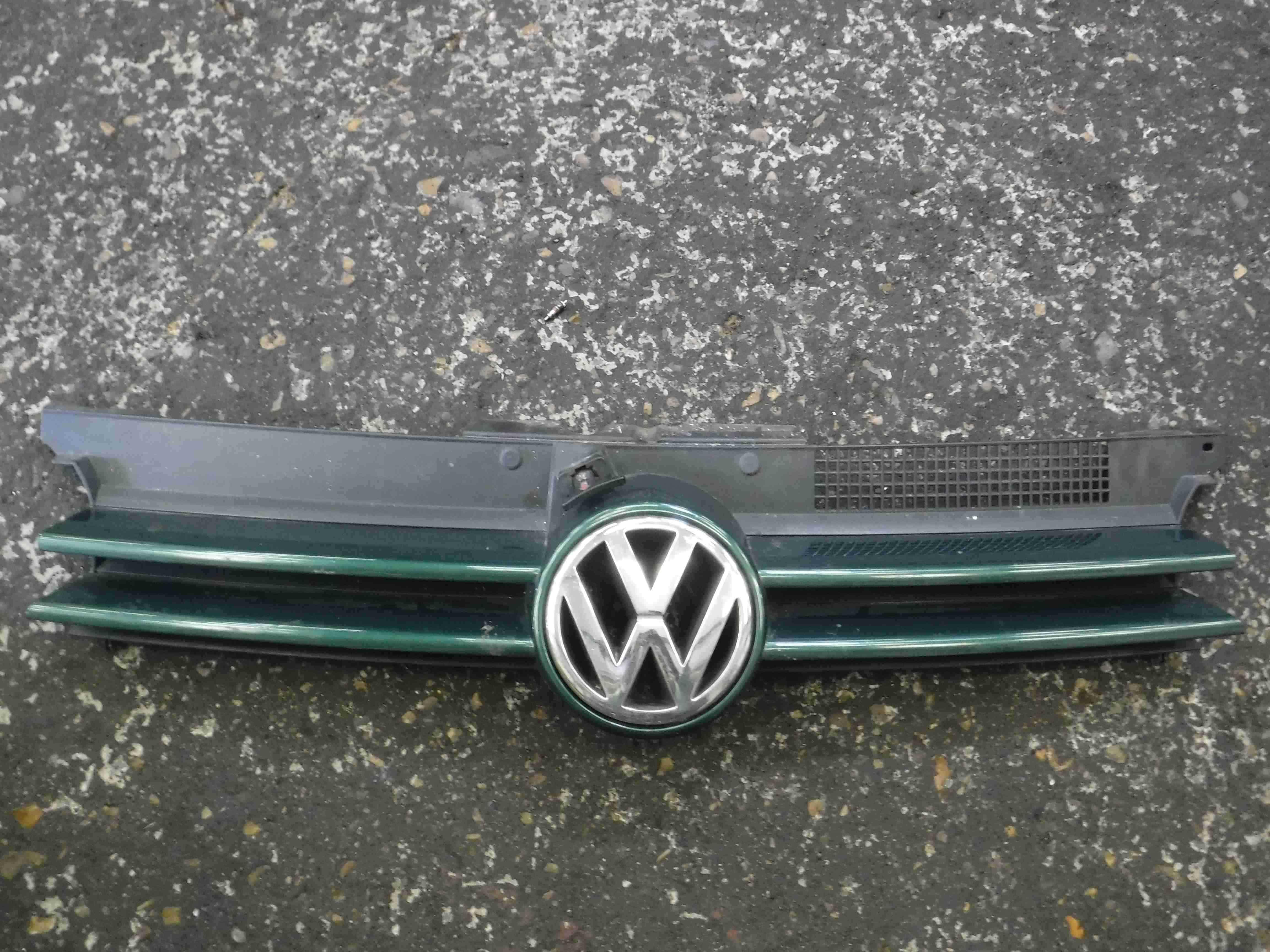 Volkswagen Golf MK4 1997-2004 Front Bumper Grill Grille Green LC6M