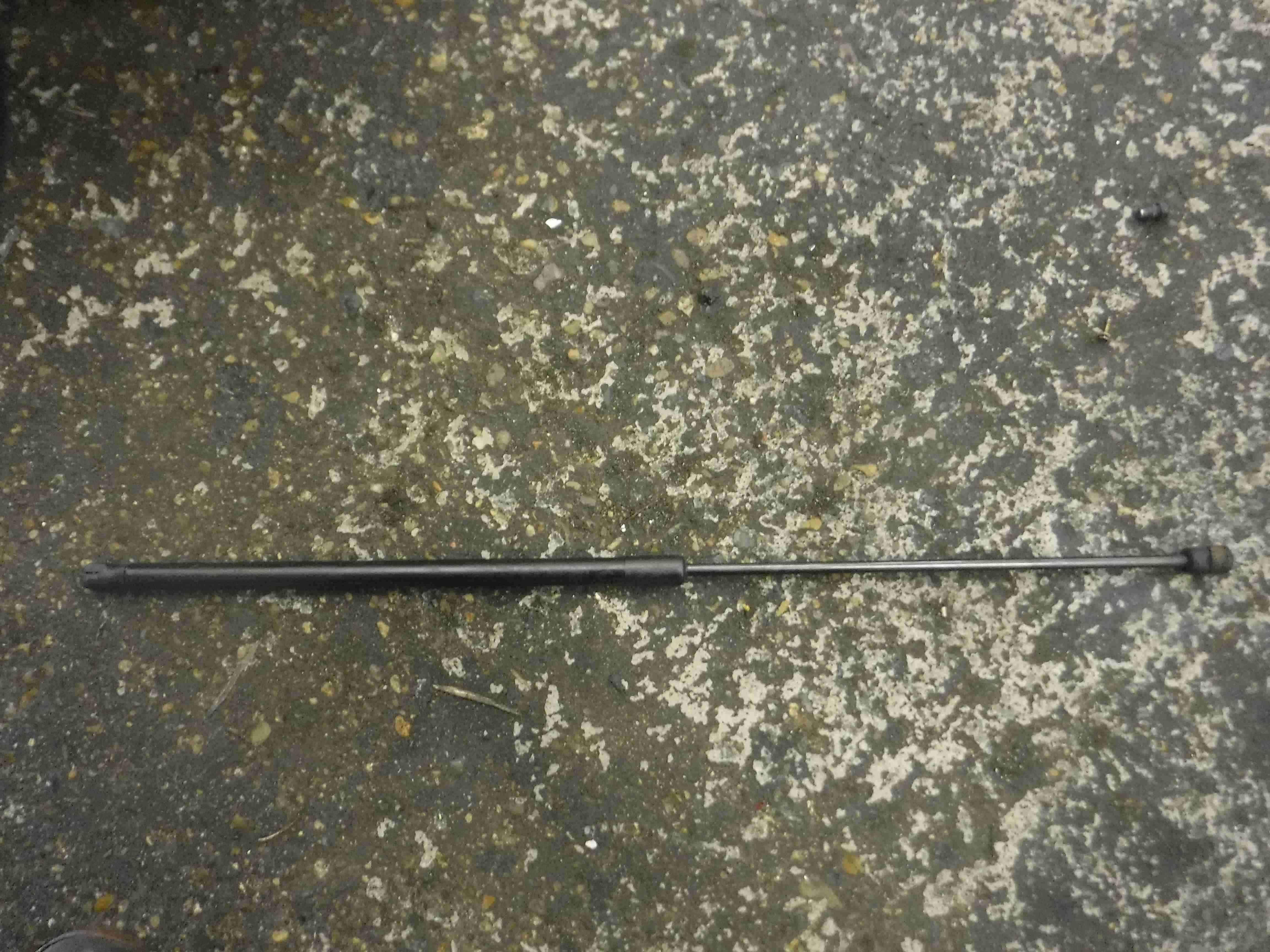 Volkswagen Golf MK5 2003-2009 Bonnet Gas Strut Hinge 1K0823359A