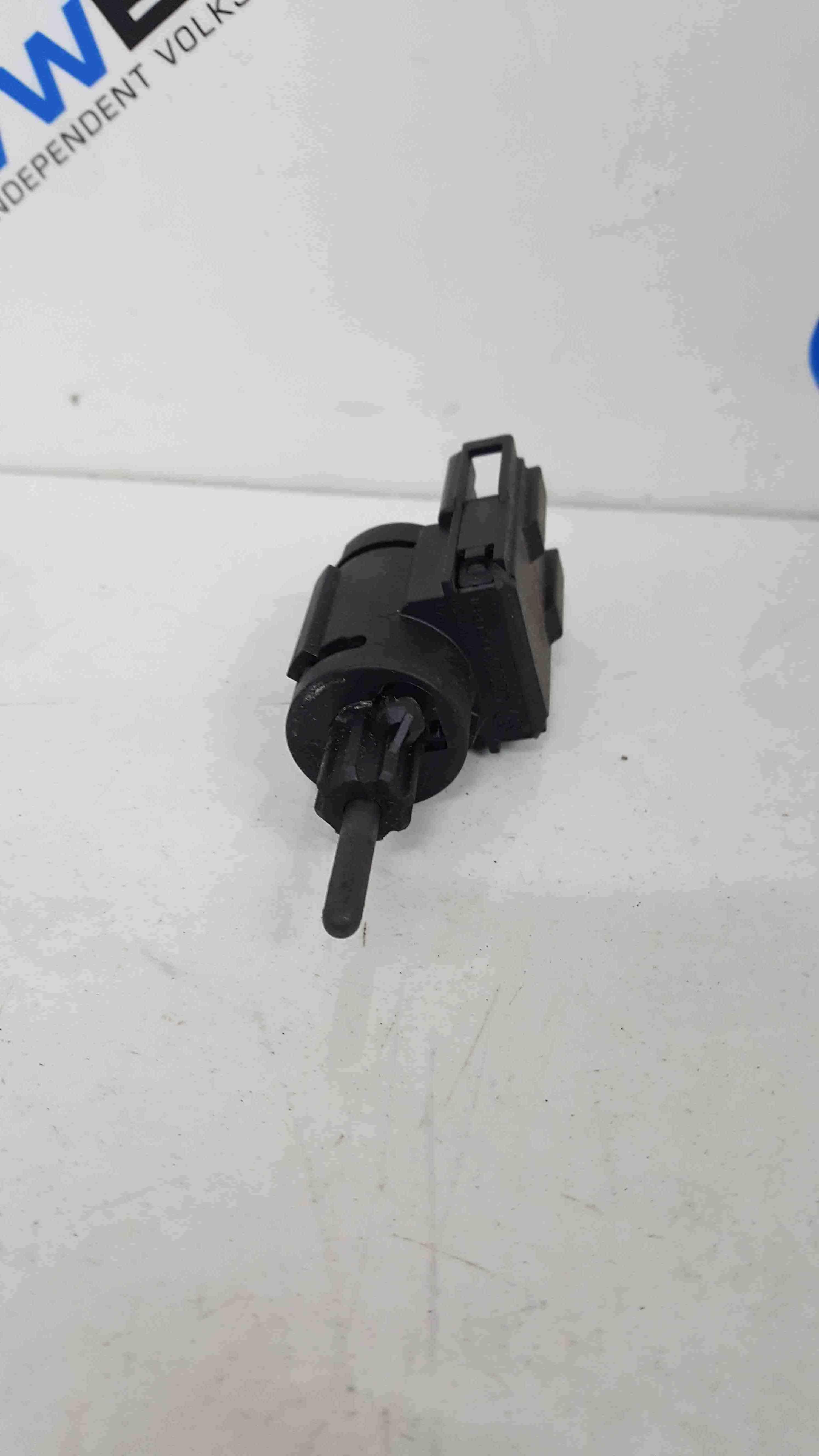 Volkswagen Golf MK5 2003-2009 Brake Pedal Switch Sensor 3B0945511A