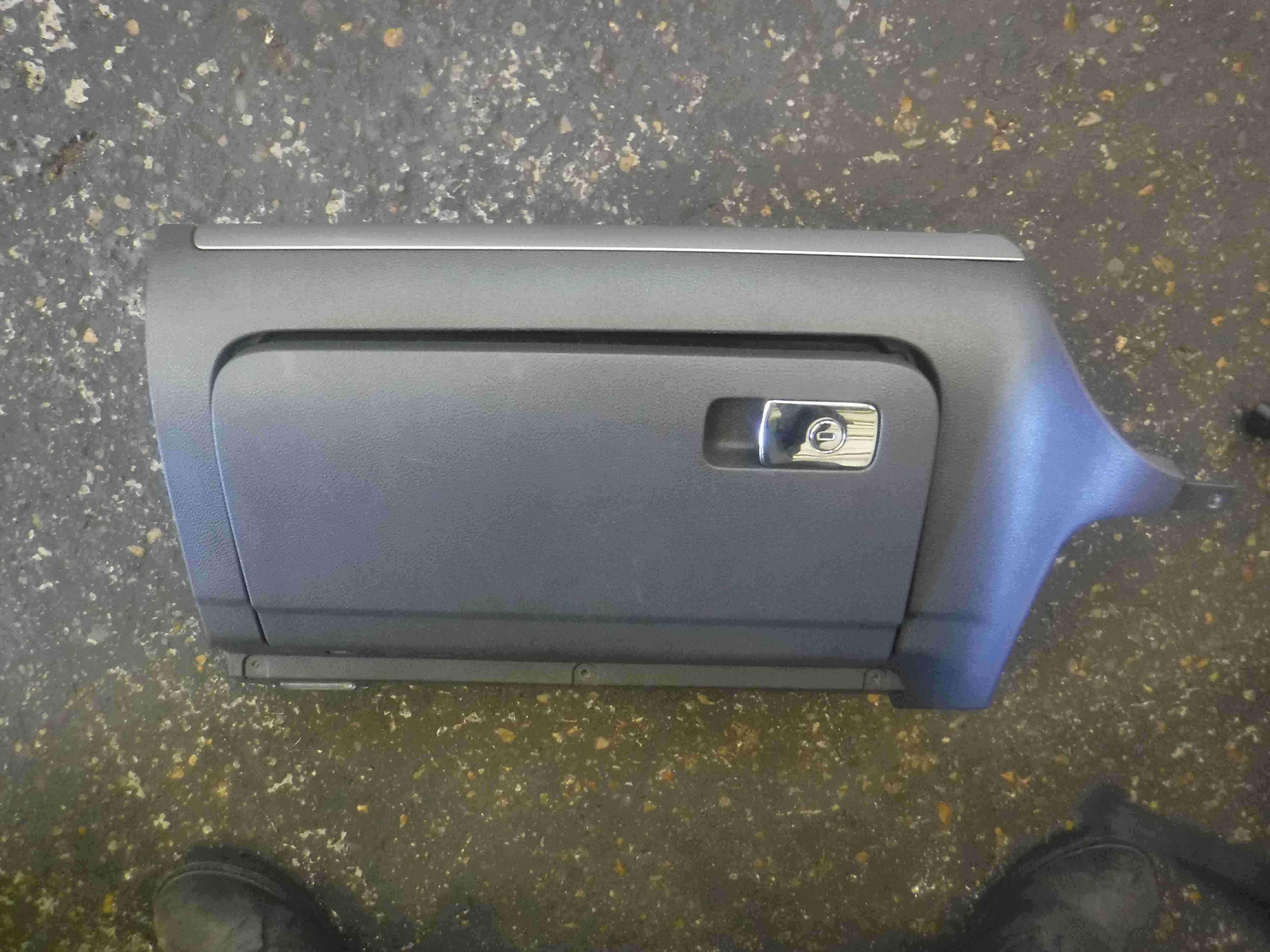Volkswagen Golf MK5 2003-2009 Dashboard Glove Box 1K2857290