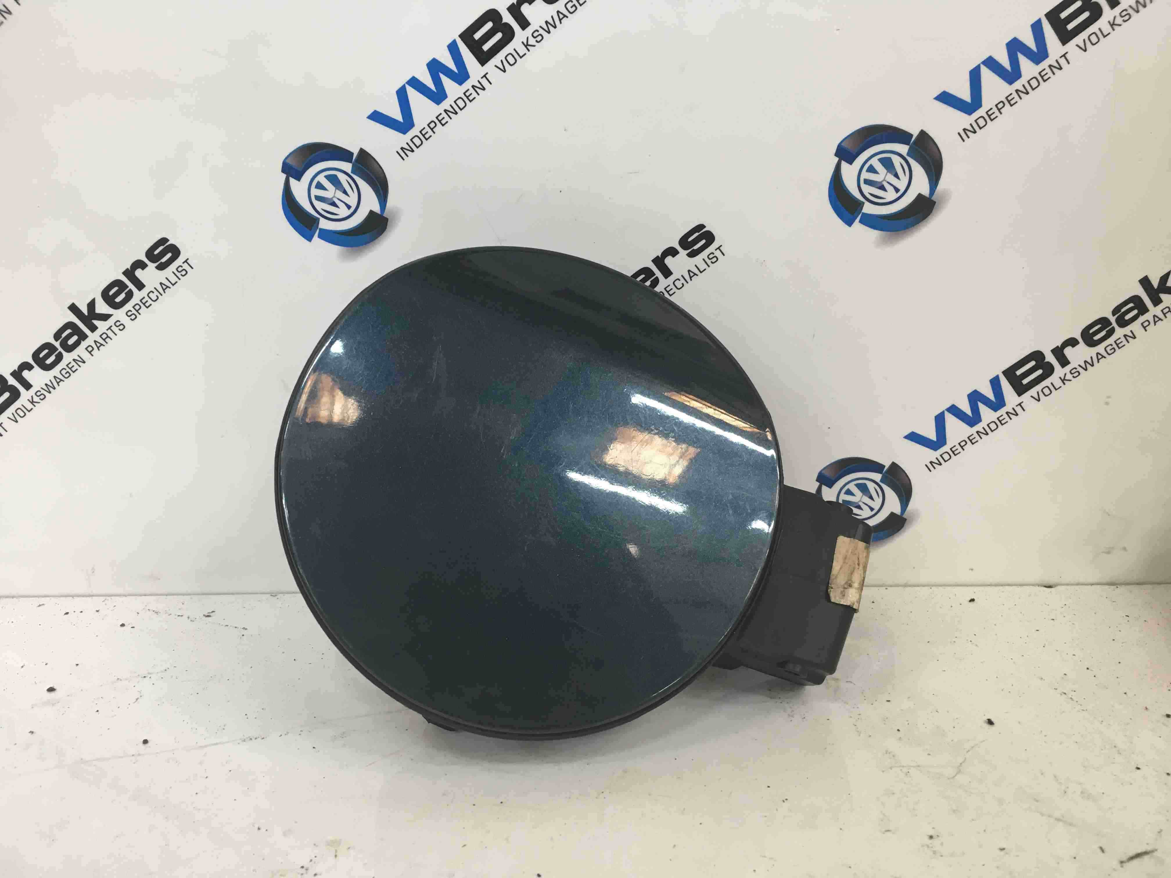 Volkswagen Golf MK5 2003-2009 Fuel Flap Cover  Backing Blue LC5F
