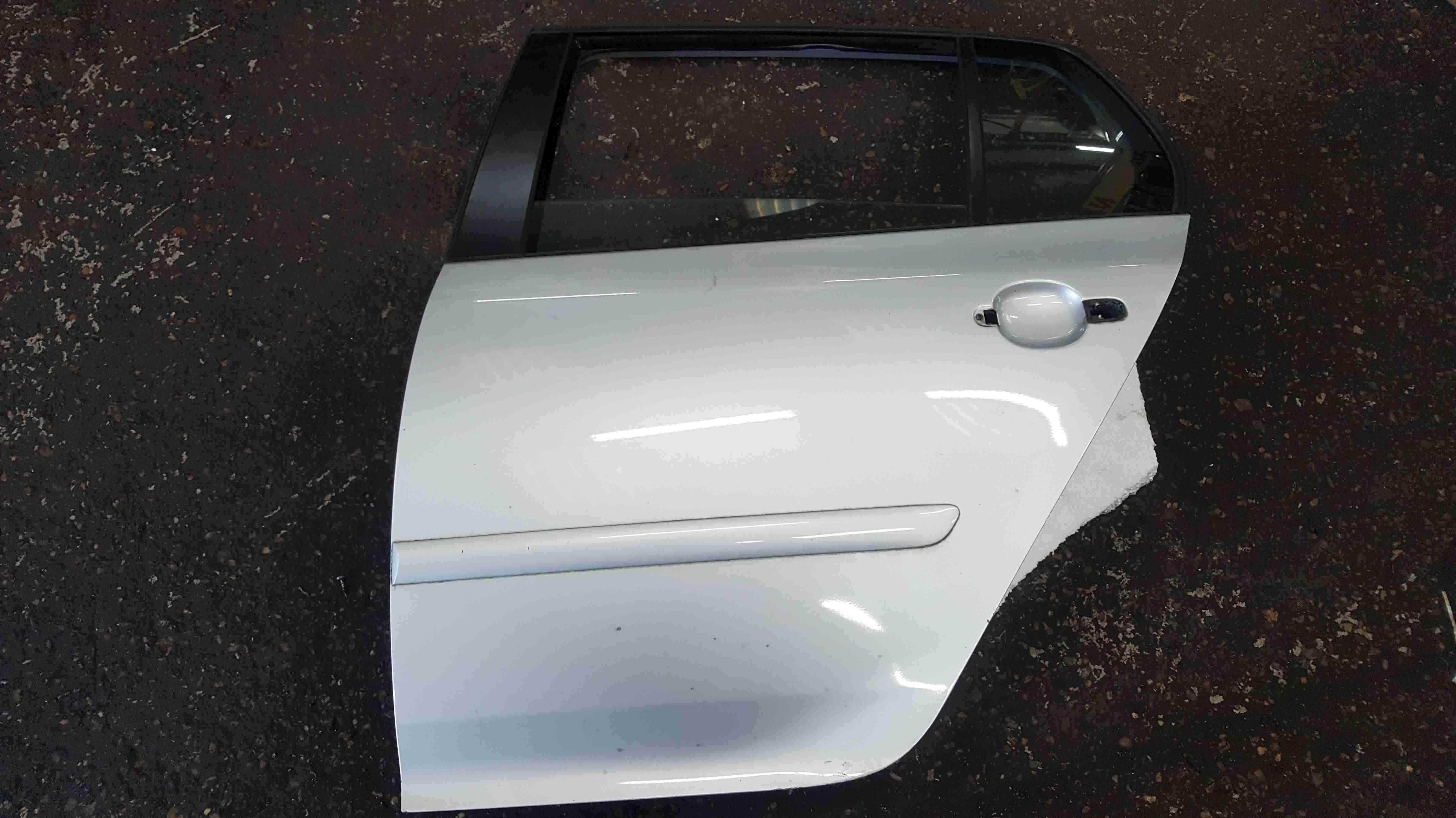 Volkswagen Golf MK5 2003-2009 Passenger NSR Rear Door Silver LA7W