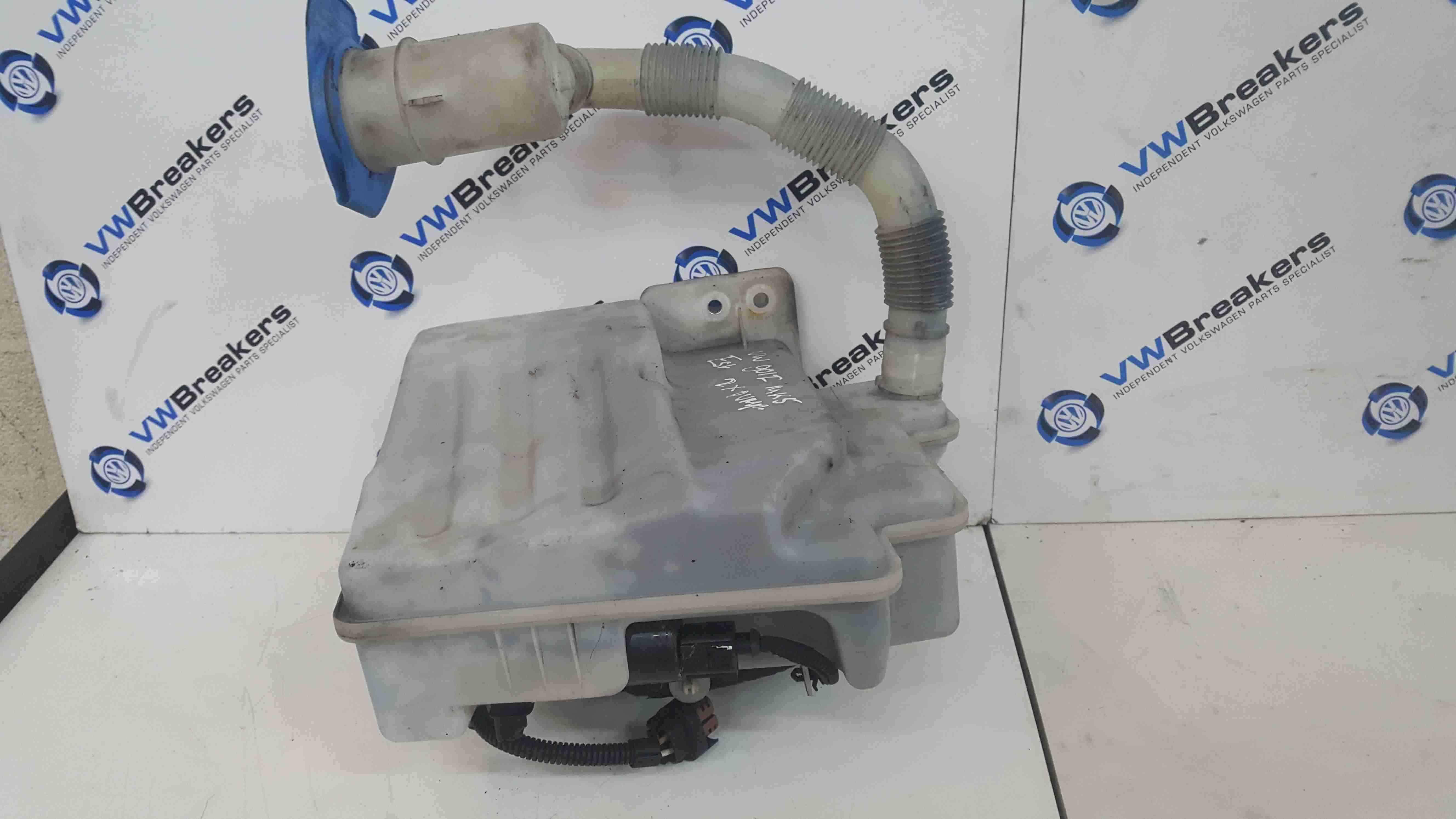 Volkswagen Golf MK5 2003-2009 Windscreen Washer Bottle 2 Pumps Headlight