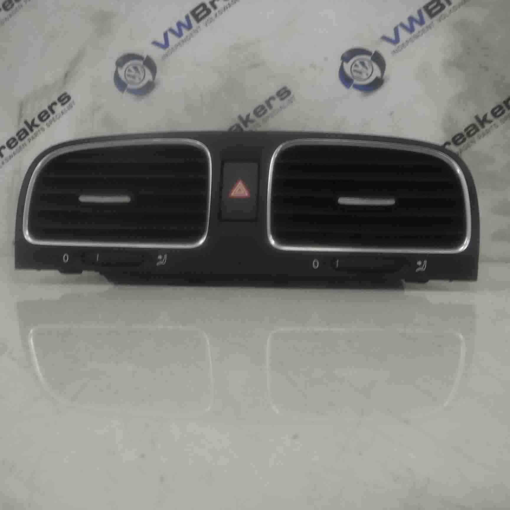 Volkswagen Golf MK6 2009-2012 Centre Heater Vents 5K0815736D 5K0815735D