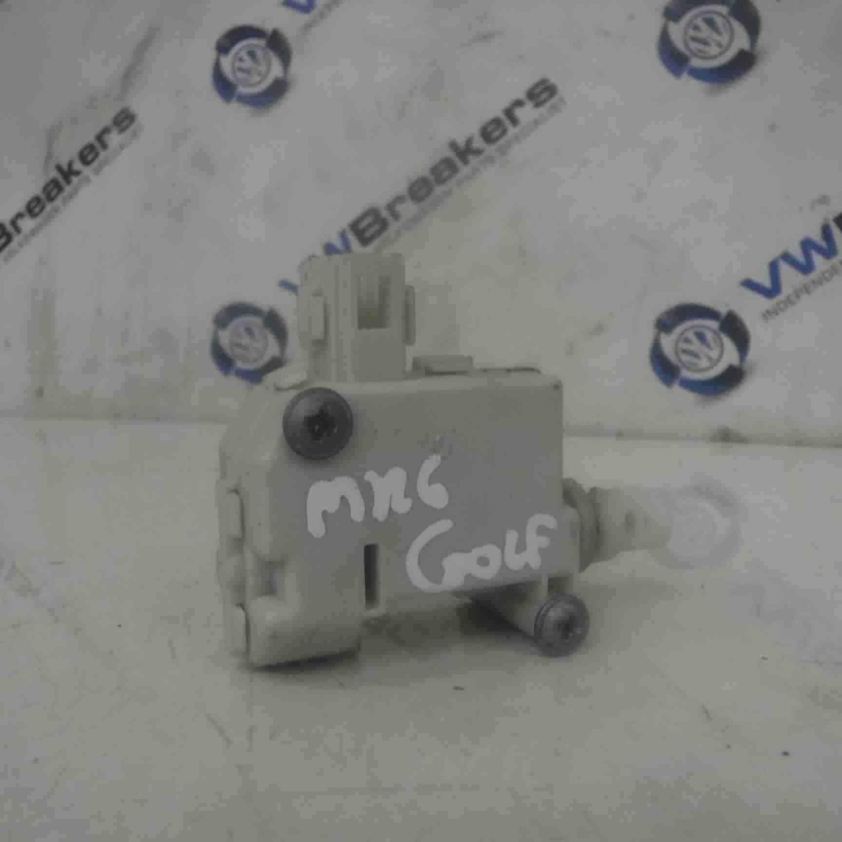 Volkswagen Golf MK6 2009-2012 Fuel Flap Solenoid Motor Release 5K6810773A