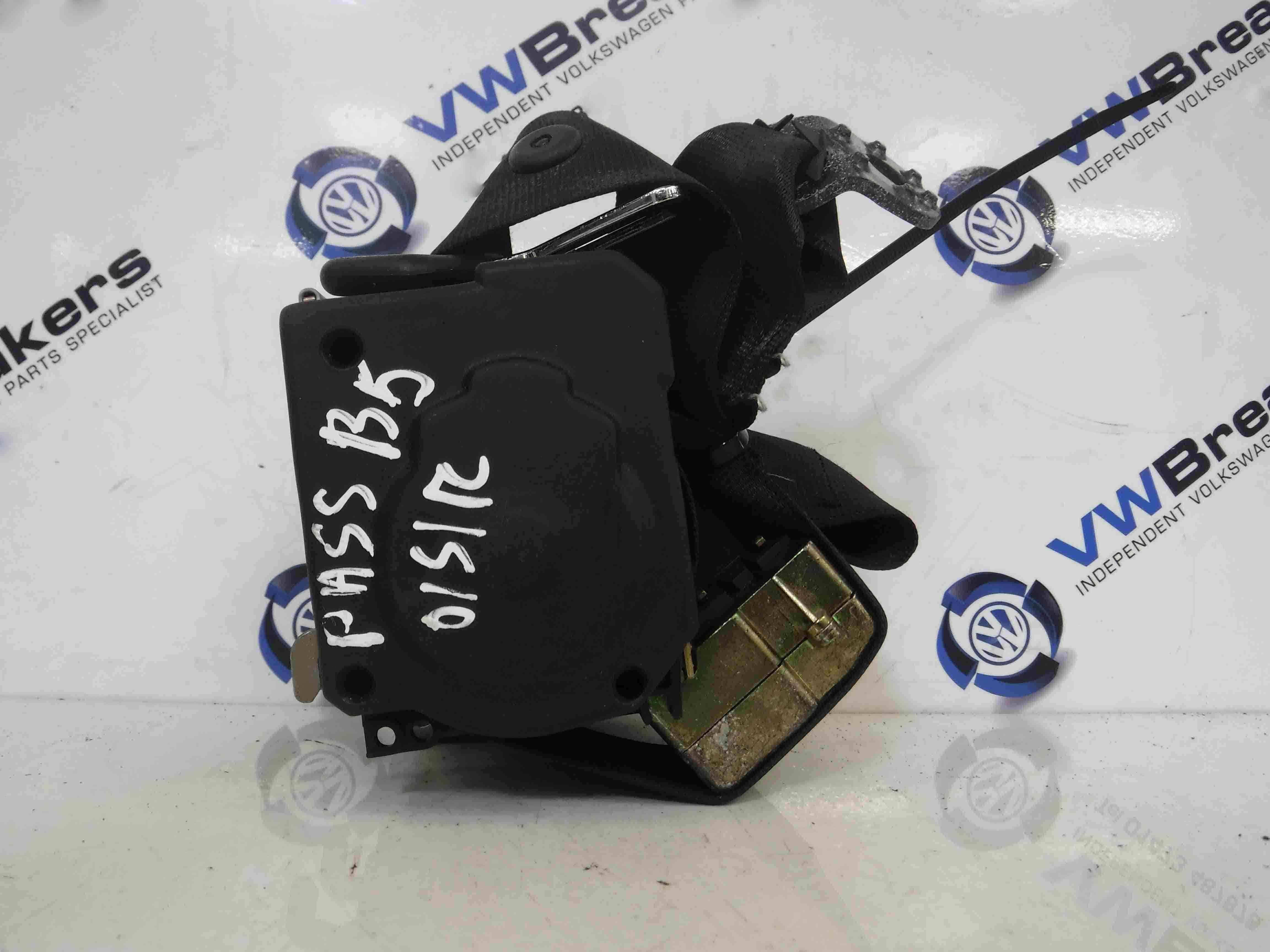 Volkswagen Passat + Est 2001-2005 B5.5 Drivers OSR Rear Seat Belt