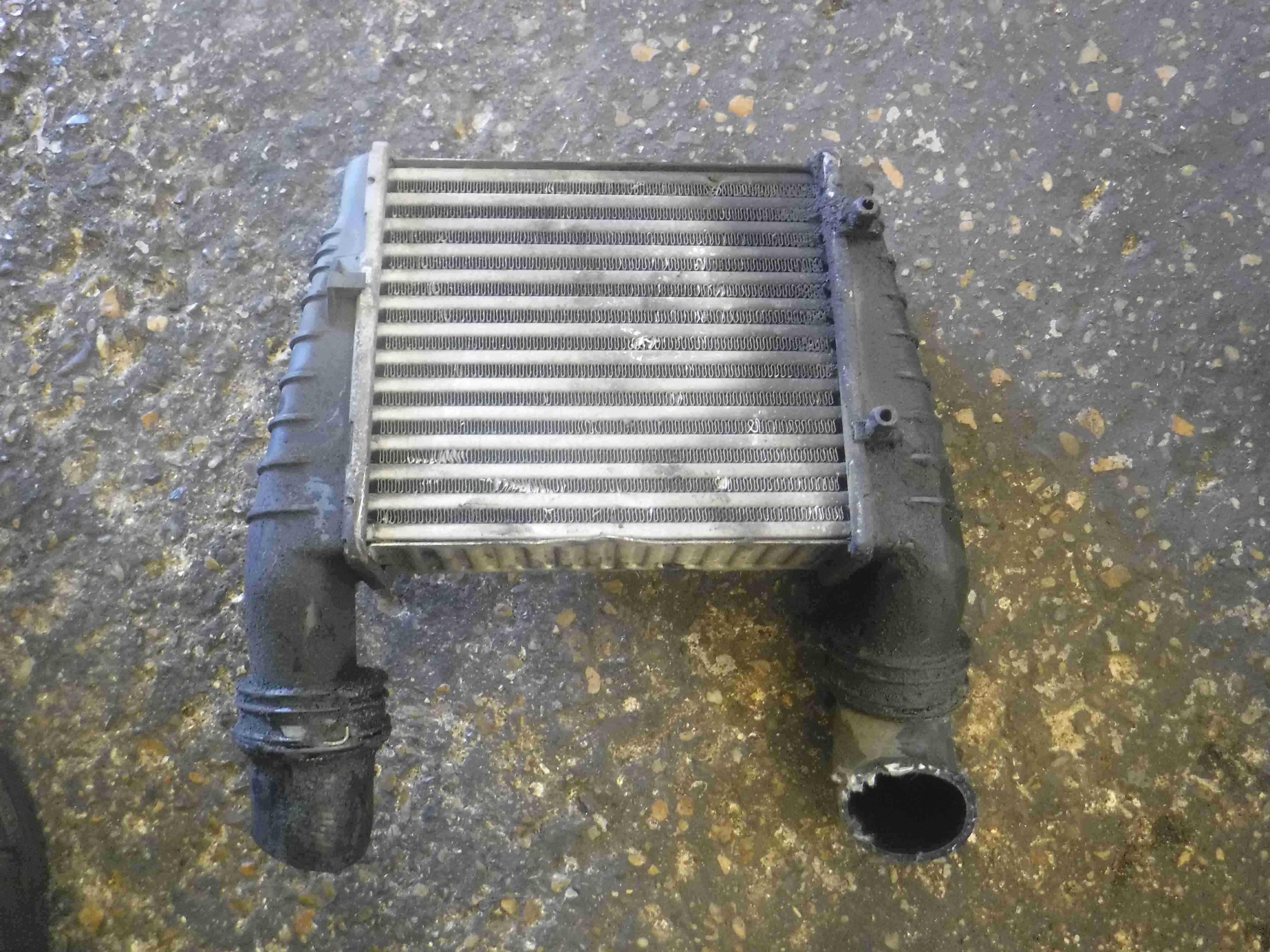 Volkswagen Passat B5.5 2001-2005 1.9 TDi Turbo Intercooler 3B0145805D