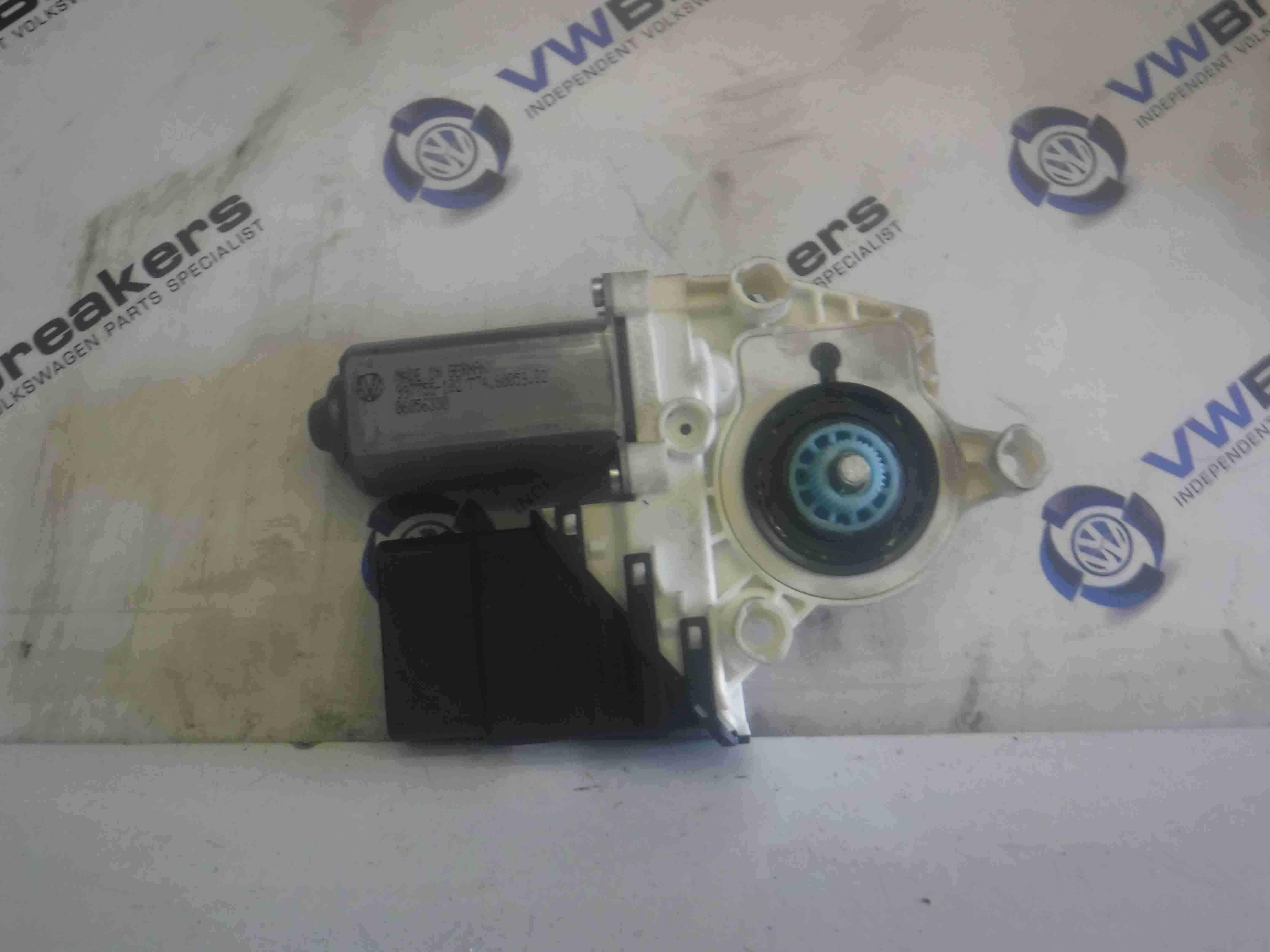 Volkswagen Polo 6R 2009-2014 PDC Parking Sensor Module Distance 000054639