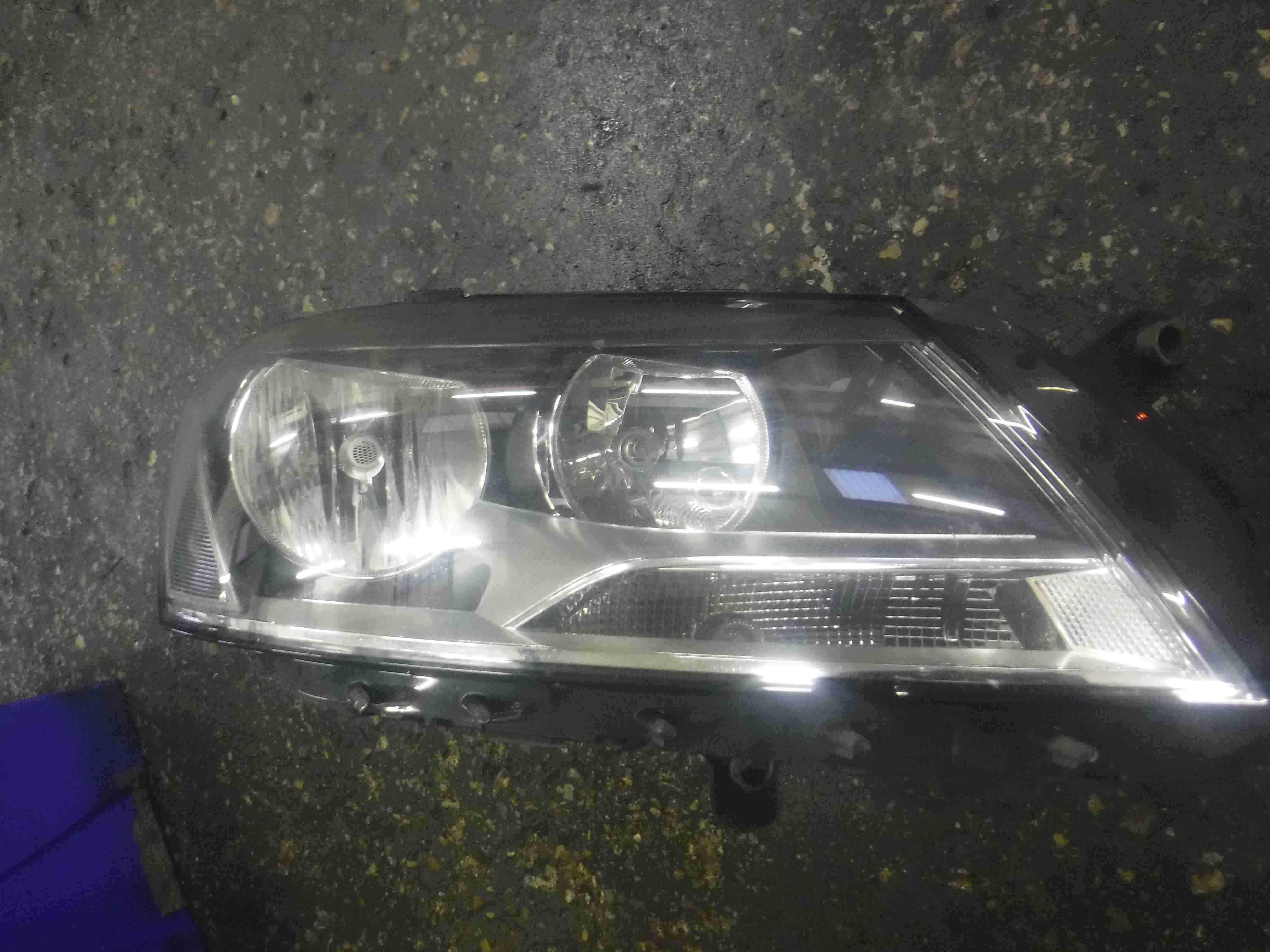 Volkswagen Passat B7 2010-2015 Drivers OSF Front Headlight 3AC941006