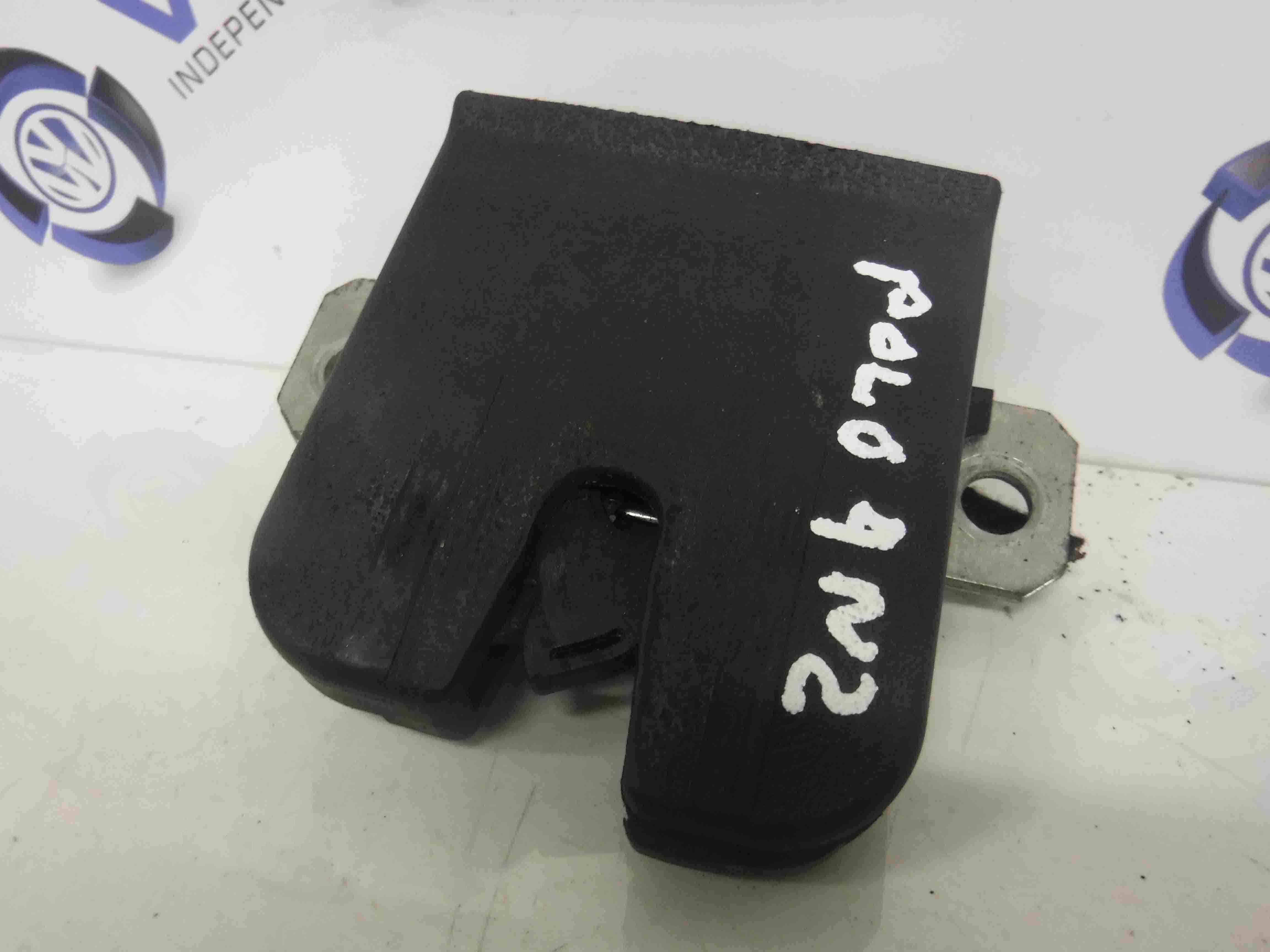Volkswagen Polo 2003-2006 9N Boot Lock Catch Solenoid 6Q6827505B