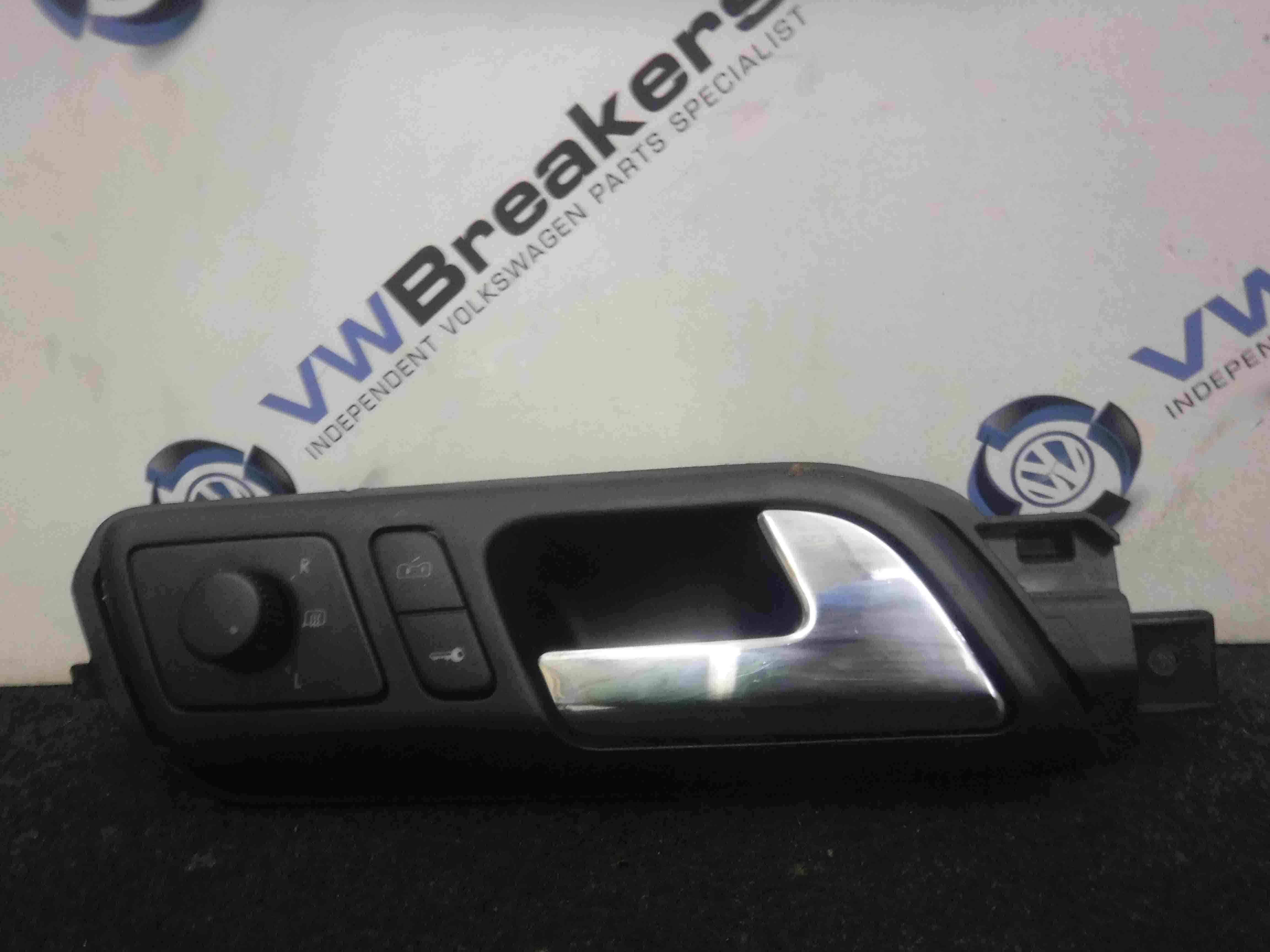 Volkswagen Polo 2003-2006 9N Drivers OSF Front Interior Door Handle Panel