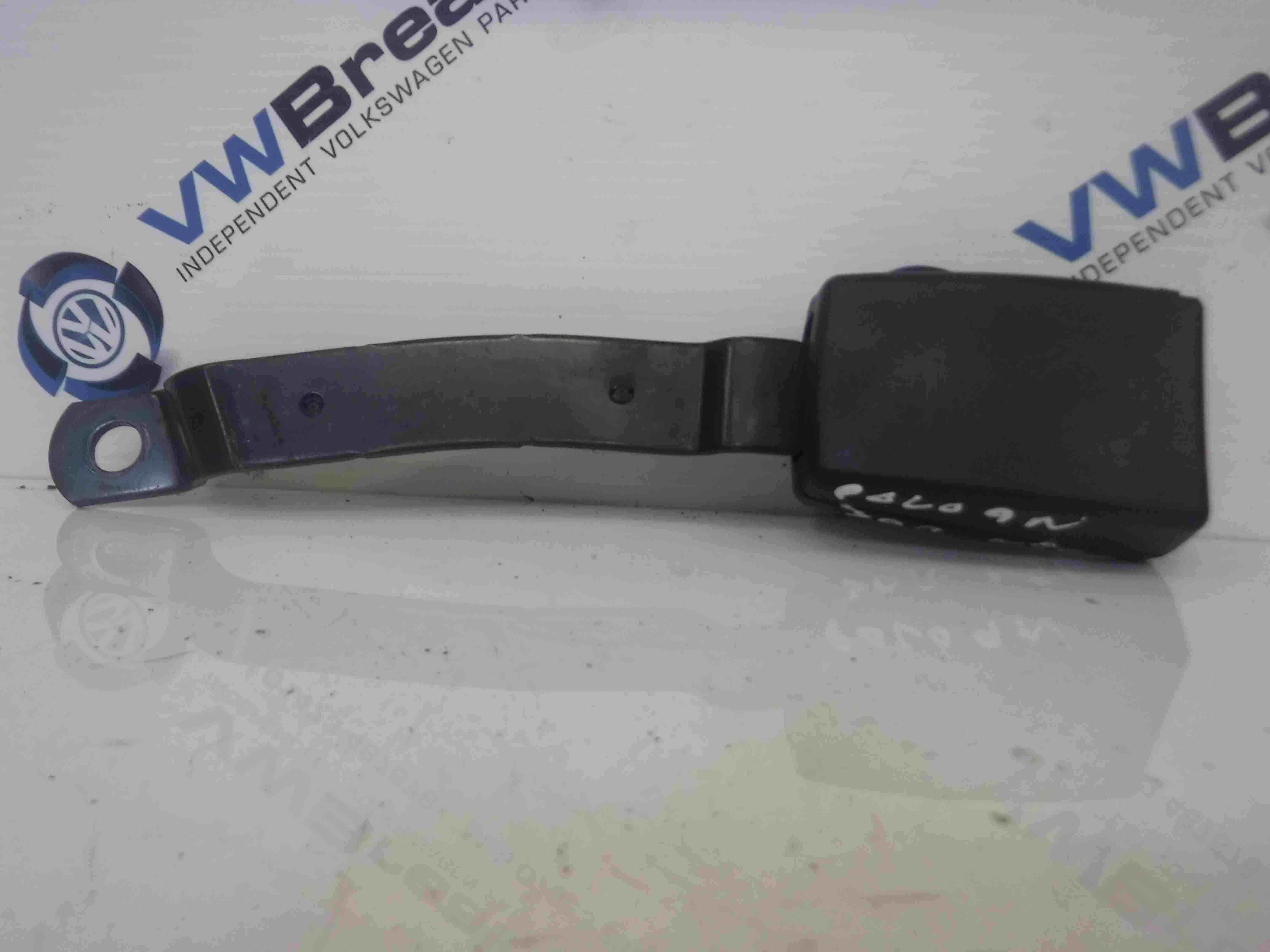Volkswagen Polo 2003-2006 9N Passenger NSF Front Seat Buckle
