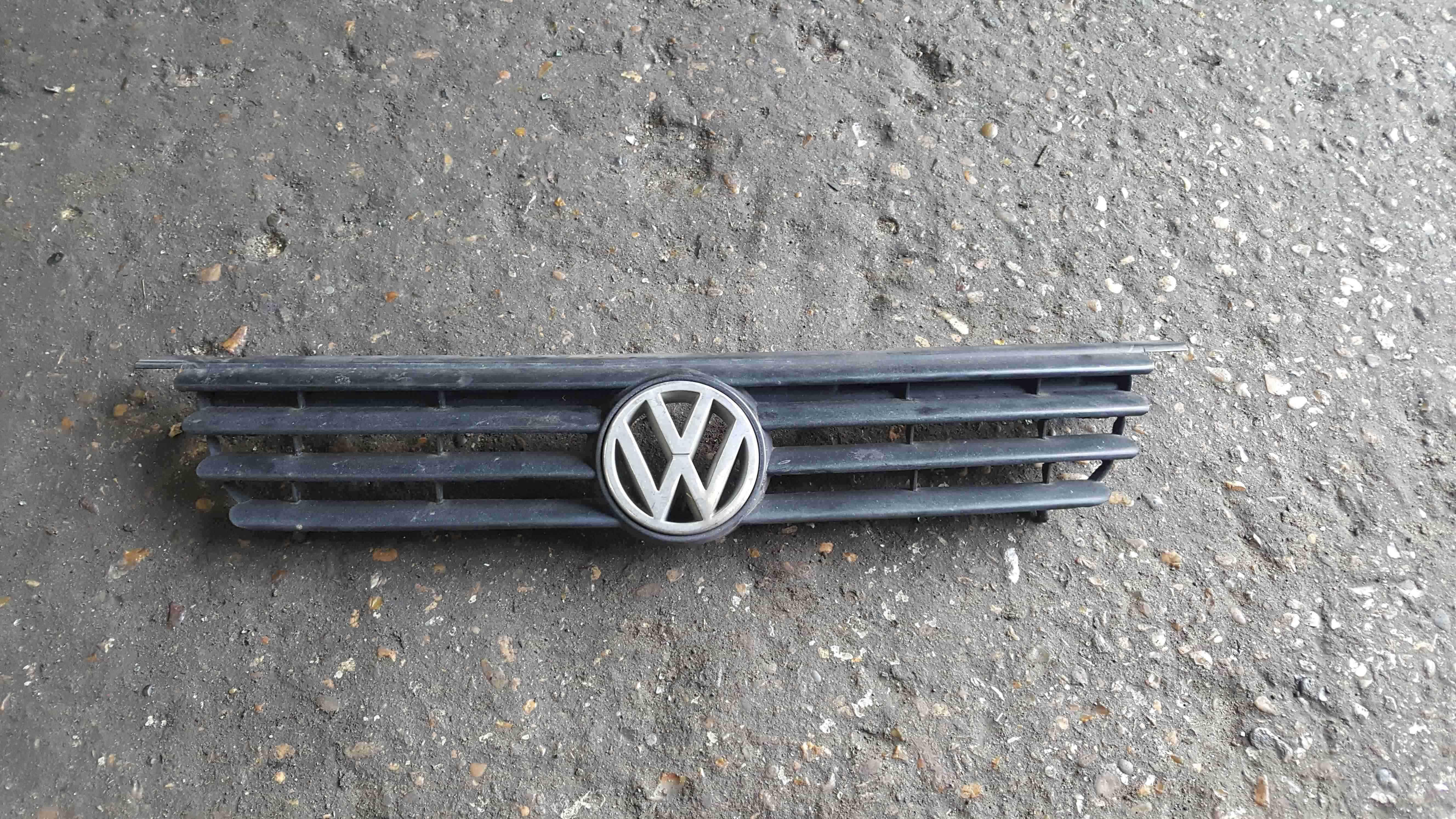 Volkswagen Polo 6N 1995-1999 Front Grill Bumper Insert Badge 6N0853653B