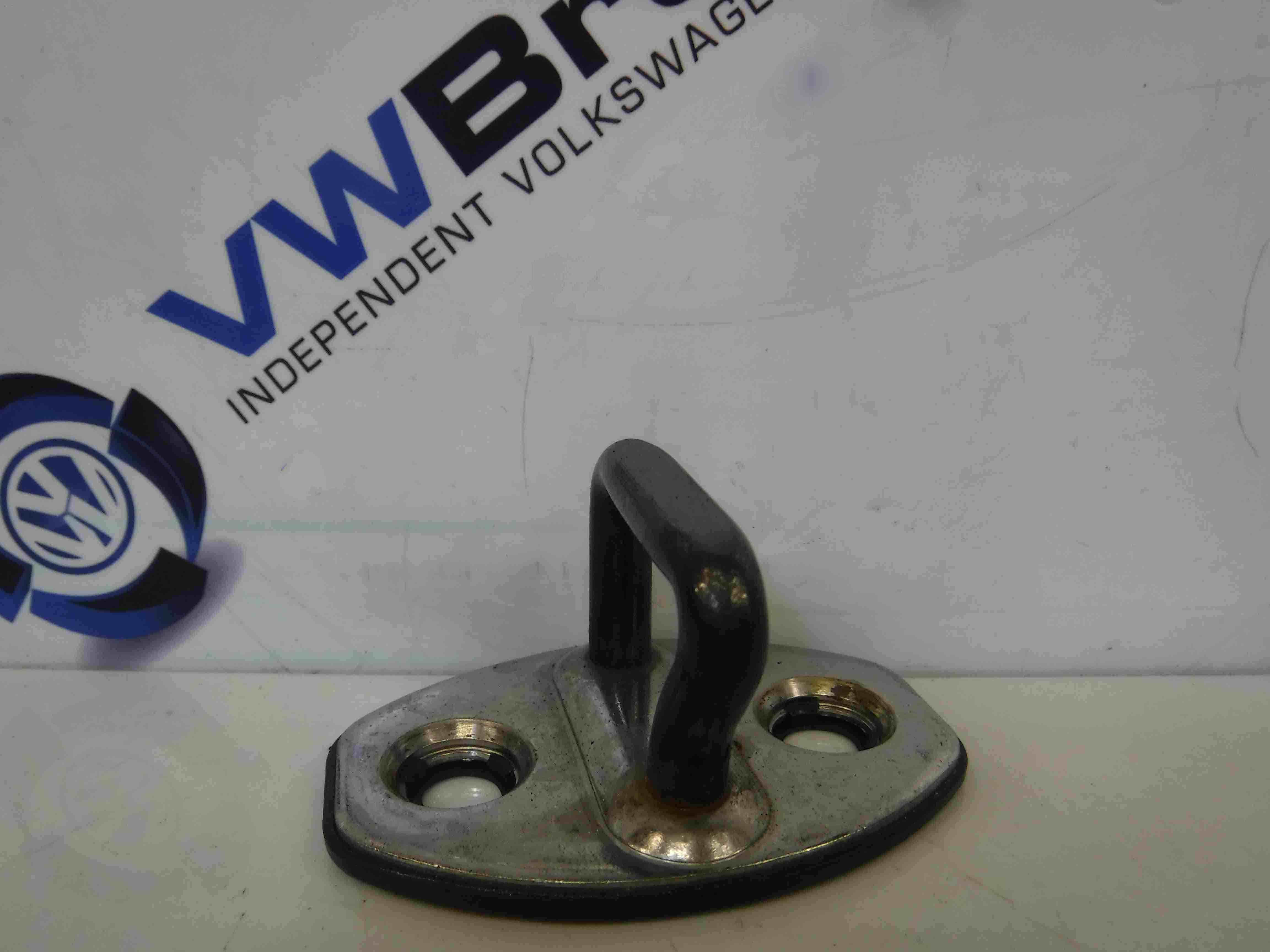 Volkswagen Polo 6R 2009-2015 Drivers OSF Front Door Pin Catch