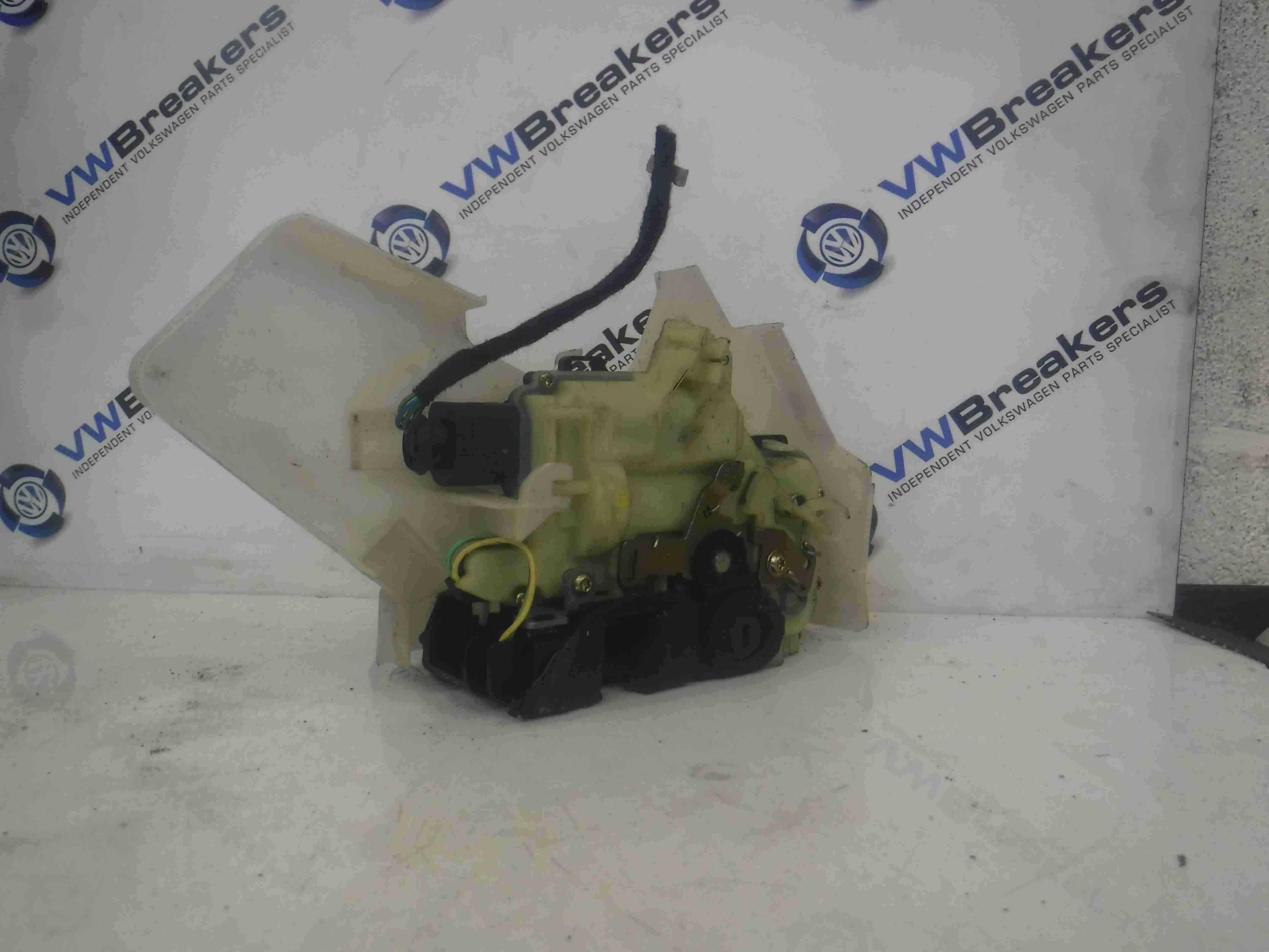 Volkswagen Polo 9N3 2006-2008 Drivers OSR Rear Door Lock + Cable