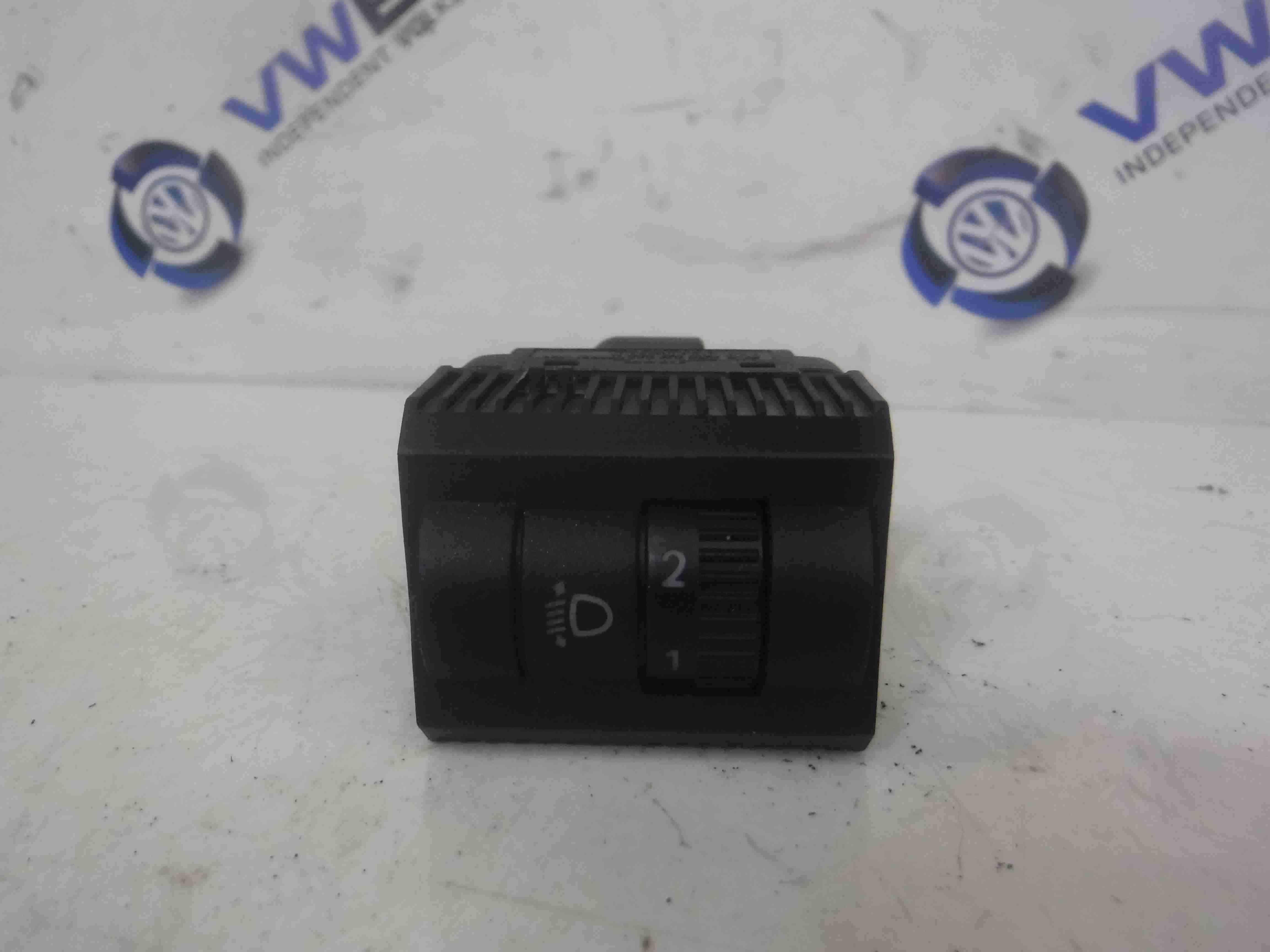 Volkswagen Polo 9N3 2006-2008 Headlight Adjuster Switch 6Q0941333B 6Q0941333C