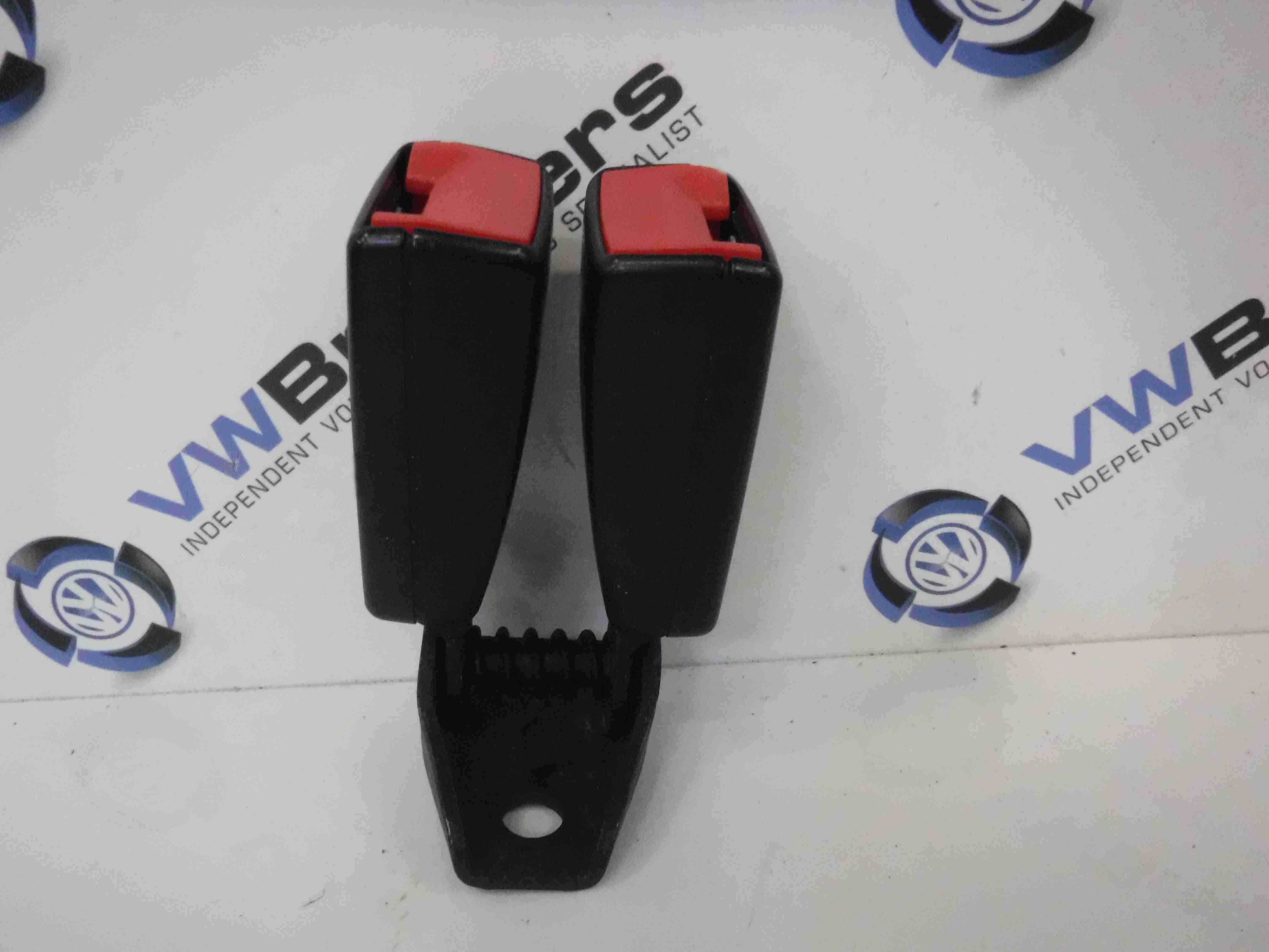 Volkswagen Scirocco 2008-2016 Rear Buckle Anchor Clip 8j8857739H