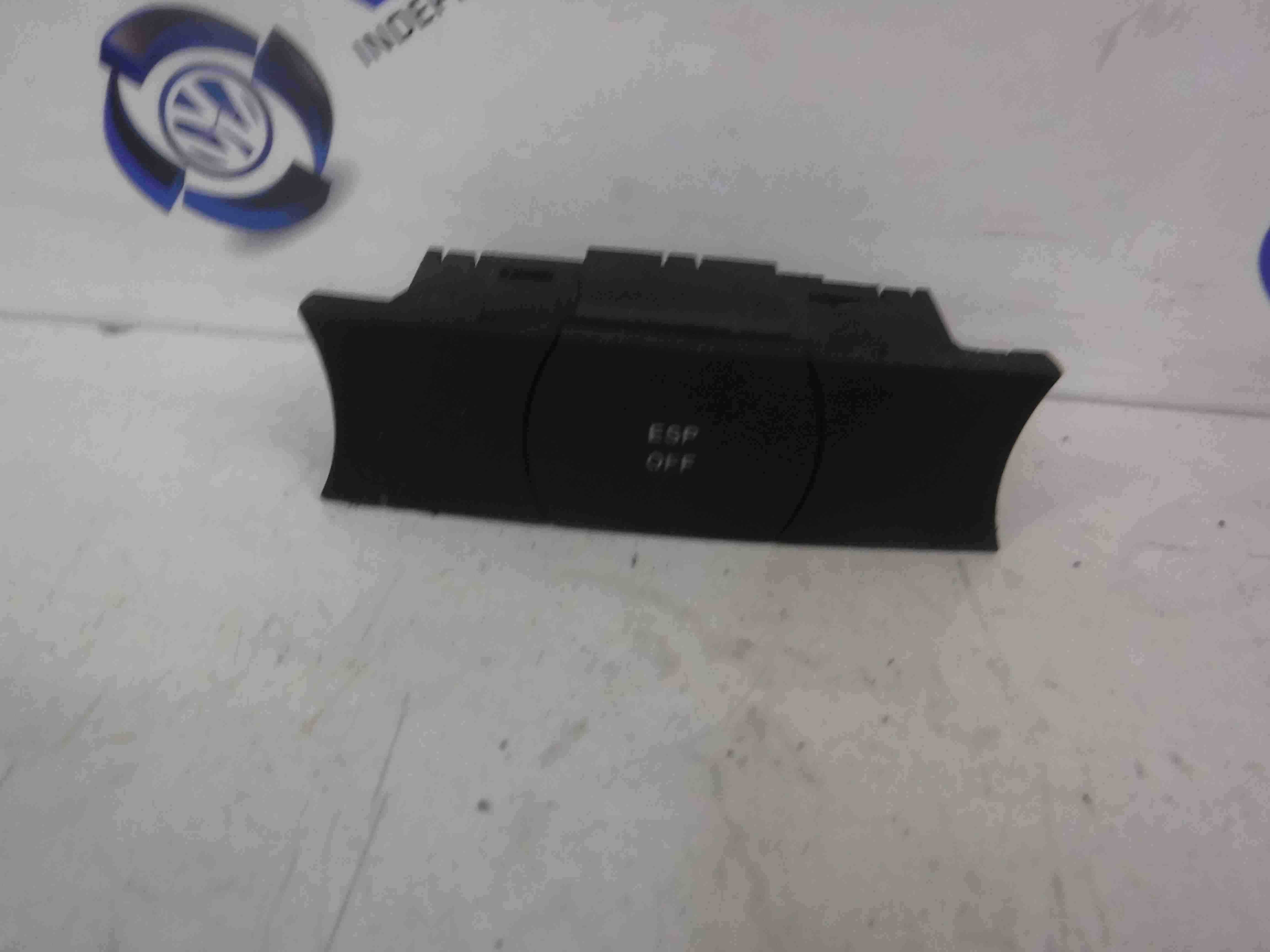 Volkswagen Touareg 2002-2007 ESP On And Off Switch 7L6927225C